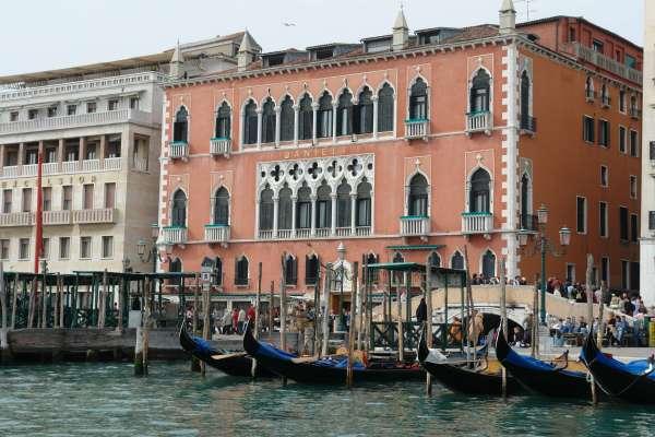 Venezia hotel danieli pignorato non pagate rate del for Hotel a venezia 5 stelle