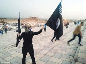 """Agenzia russa accusa: """"Accordo Usa-Isis per combattere contro di noi in Siria"""""""