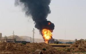 Guarda la versione ingrandita di Isis, attacco a sorpresa a Kirkuk. Kamikaze vestiti da poliziotti (Foto Ansa)