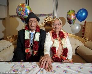 Guarda la versione ingrandita di Karam muore a 110 anni, sposato per 91 anni con la sua Katari FOTO