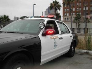 Poliziotto L.A. uccise disarmato: pm stigmatizza ma non punisce