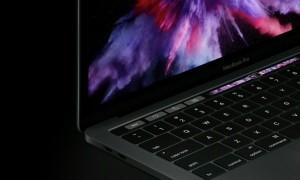 Apple, non solo iPhone: arriva MacBook Pro con touch bar