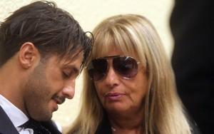 """Guarda la versione ingrandita di Mamma Corona: """"Fabrizio ha la testa matta ma non è un criminale"""""""