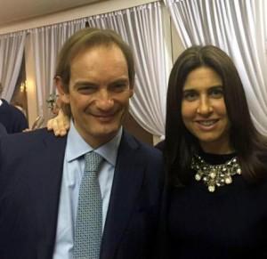 Guarda la versione ingrandita di Matteo Cagnoni con la moglie Giulia Ballestri in una foto tratta dal profilo Facebook
