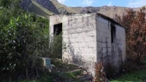 Palermo, molotov contro casolare: all'interno dormivano 2 senzatetto