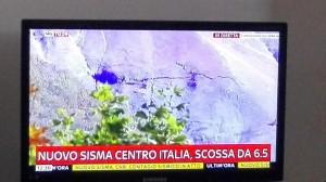 YOUTUBE Monte Porche: fenditura sulla montagna. Immagini da SkyTg24