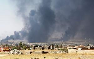 Iraq, Isis usa donne e bambini come scudi umani sui tetti per la difesa di Mosul