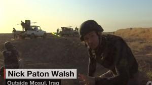 Mosul, spari durante diretta: reporter Cnn si abbassa e continua a parlare
