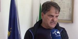 Guarda la versione ingrandita di Elicottero in piazza per nozze show: sindaco Franco Pagano si dimette
