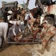 Pakistan, scontro tra due bus: 24 morti, molte donne e bimbi