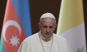"""Papa Francesco in moschea a Baku: """"Mai più violenza in nome di Dio"""""""