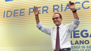Berlusconi e i capelli di Parisi, perché lo ha scelto? perché ha sbagliato?