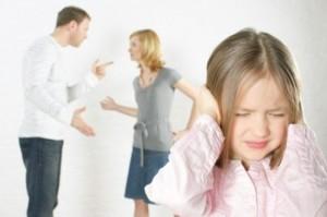 Divorzio, parla male dell'ex marito ai figli: 30 mila euro di multa