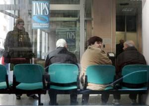 Guarda la versione ingrandita di Pensioni: in media 1,4 a testa. Pensionati 16 mln, pensioni 23 mln (foto Ansa)
