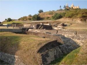 Guarda la versione ingrandita di Piramide nascosta sotto montagna in Messico: 500 metri per 60, il doppio di quella di Cheope