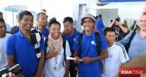 Guarda la versione ingrandita di Pirati somali liberano 26 marinai, presi in ostaggio nel 2012 alle Seychelles