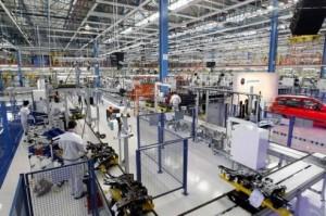 Produzione industriale: agosto +4,1% su 2015, balzo top da 5 anni