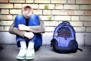 Padova, 15enne rapinato all'uscita da scuola: rubati telefono e cappellino