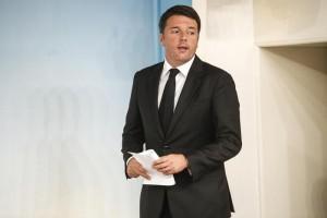 """Terremoto Amatrice, Cdm approva decreto. Renzi: """"Non vi lasceremo soli"""""""