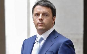 """Renzi alla minoranza Pd: """"Se non si fida voti No"""""""
