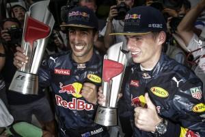 F1 Gp Malesia, doppietta Red Bull, Raikkonen quarto, Vettel fuori