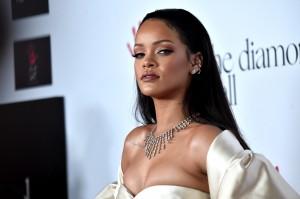 Foto rubate a Jennifer Lawrence, Rihanna: hacker condannato