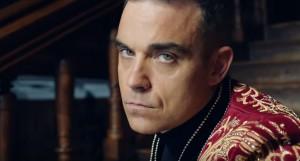 """Robbie Williams, russi accusano: """"Stereotipi contro di noi nell'ultimo VIDEO"""