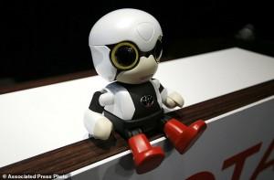 YOUTUBE Toyota lancia Kiribo, robot per parlare in auto...