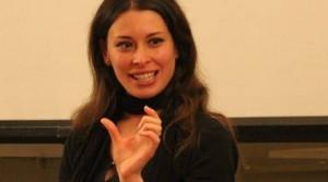 Nazismo e mafia, dai volantini clandestini alle notizie: Conselice premia Sabrina Pignedoli, cronista coraggiosa