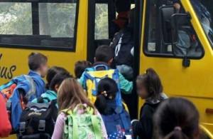 Bimbo si amputa mano nello scuolabus, reimpianto tecnicamente riuscito