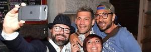 Clemente Russo, selfie in discoteca con Costantino Vitagliano FOTO