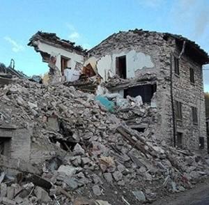 Terremoto Marche, Sky con le immiagini prima della Rai. Caso in Parlamento