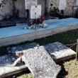 Terremoto 30 ottobre, a Castelsantangelo bare escono da loculi2