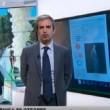 YOUTUBE Terremoto in diretta a Rainews 24: giornalista impassibile