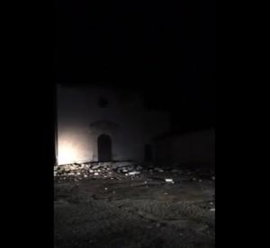 Guarda la versione ingrandita di Terremoto, panico a Visso: