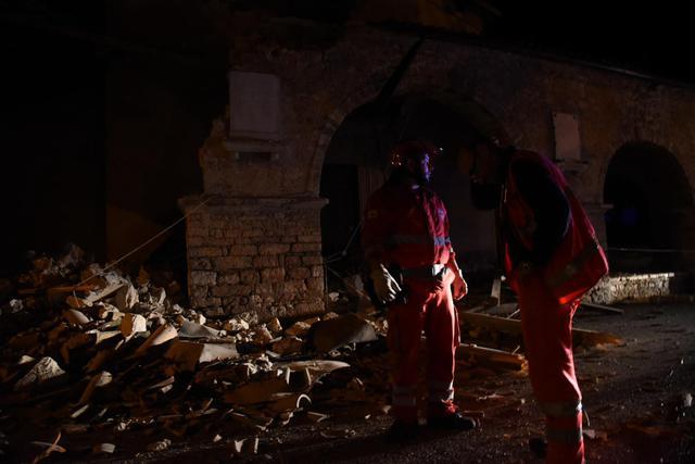 Terremoto, un morto per infarto a Tolentino 15
