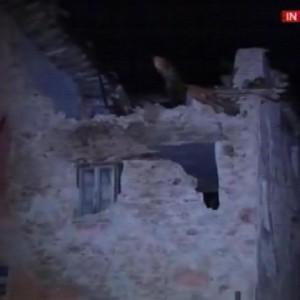 Guarda la versione ingrandita di YOUTUBE Terremoto, a Visso crolli, paura e silenzio