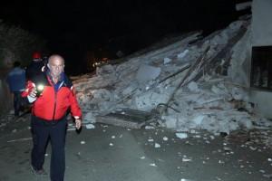 Guarda la versione ingrandita di Terremoto, un morto per infarto a Tolentino