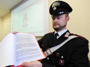 Gli scritti di Daniele Ughetto Piampaschet sequestrati dai carabinieri (foto Ansa)