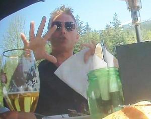 Truffe via posta: chiaroveggenti e cure miracolose dei mafiosi nel mondo