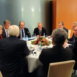 Ucraina verso la pace con la Russia: roadmap dal vertice di Berlino