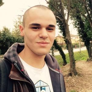 Trieste, Vittorio Lenisa morto a 20 anni in un incidente stradale