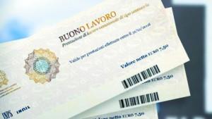 Voucher: senza comunicazione multa fino 2.400 euro. La circolare