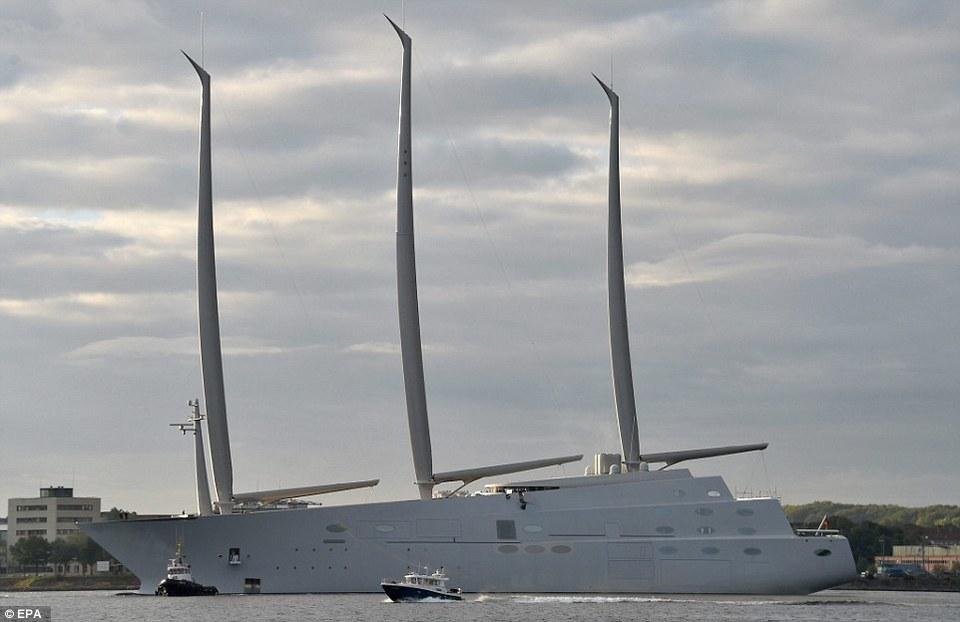 Miliardario russo compra yacht gigante e...rimane intrappolato nel Mar Baltico