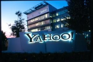 "Yahoo! nuova bufera: milioni di email ""passate"" a 007 Usa"