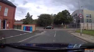 Tassista disperato corre a 130 km/h per le strade di Liverpool