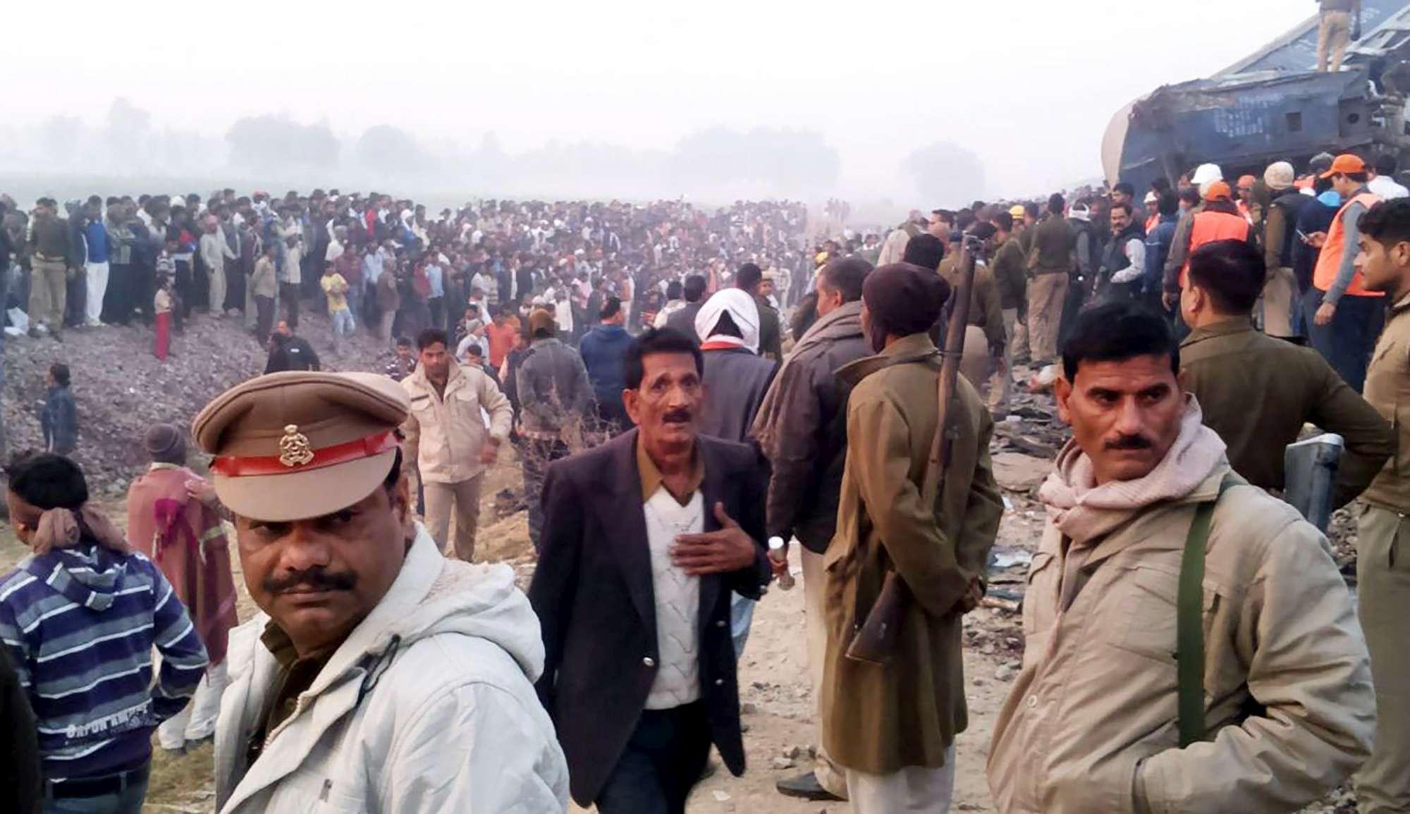 India, drammatico incidente ferroviario Quasi cento morti e centocinquanta feriti