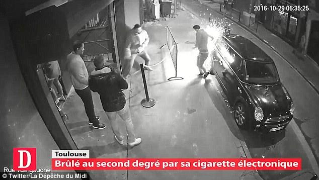 Caricatore sigaretta elettronica esplode