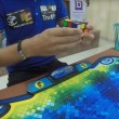Cubo di Rubik risolto in 4,74 secondi nuovo record del mondo6