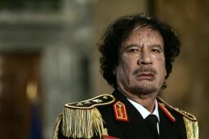 """Frederic Mitterrand: """"Quella notte in tenda con Gheddafi nel deserto"""""""